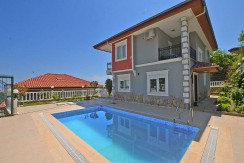 Villa Diamond, Tepe