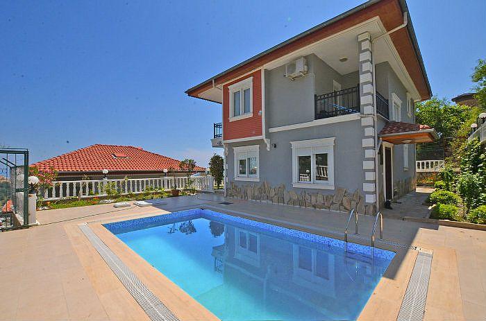 Villa Diamond, Tepe