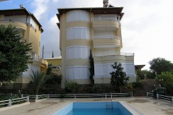Kestel Harry Polman 4+1 Dublex 228m2 180.000 Euro 500 meter distance from sea