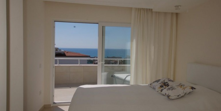 Apartment-for-sale-in-alanya-penthouse-duplex-in-alanya-cikcilli-turkeyDSC_3235_900x500.JPG_1
