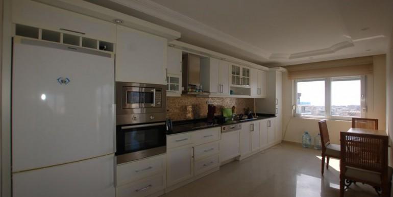Apartment-for-sale-in-alanya-penthouse-duplex-in-alanya-cikcilli-turkeyDSC_8709_900x500.JPG_1
