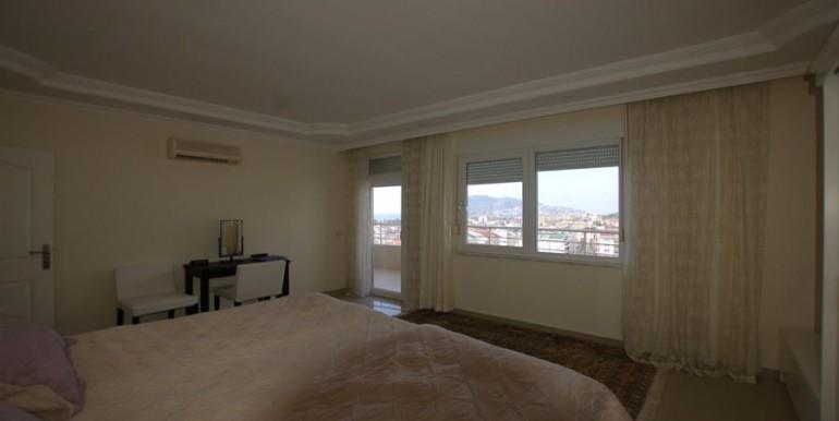Apartment-for-sale-in-alanya-penthouse-duplex-in-alanya-cikcilli-turkeyDSC_8717_900x500.JPG_1