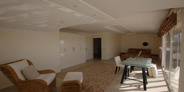 Apartment-for-sale-in-alanya-penthouse-duplex-in-alanya-cikcilli-turkeyDSC_9346_900x500.JPG_1