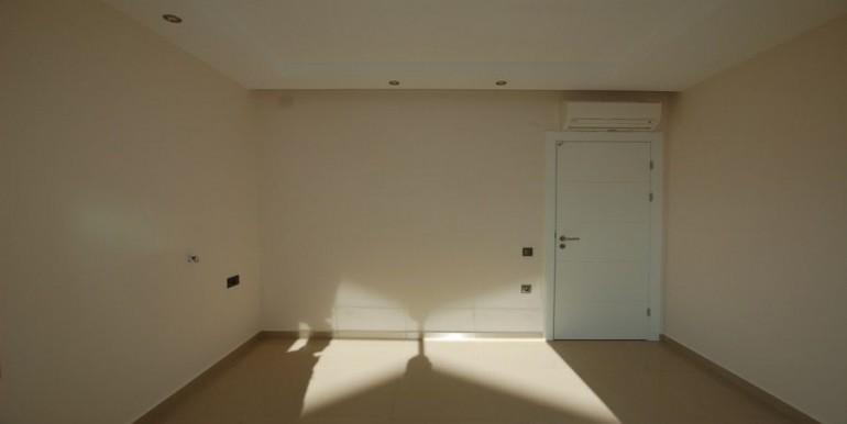 Seaview-apartment-in-alanya-seafront-apartment-in-alanya-seaside-homes-kargicak-for-sale-apartmentDSC_0971_900x500.JPG_1