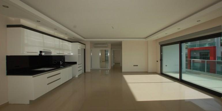 Seaview-apartment-in-alanya-seafront-apartment-in-alanya-seaside-homes-kargicak-for-sale-apartmentDSC_0990_900x500.JPG_1