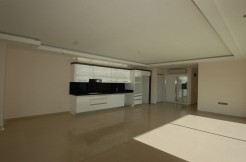 Seaview and seafront apartment in Alanya  # 2990 ideal