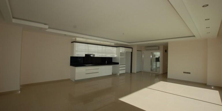 Seaview-apartment-in-alanya-seafront-apartment-in-alanya-seaside-homes-kargicak-for-sale-apartmentDSC_0992_900x500.JPG_1
