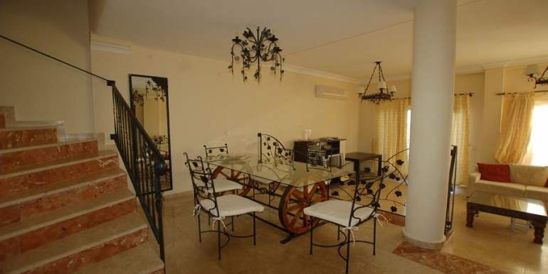 Villa_in_Alanya_for_sale_resale_villa_alanya_villa_detached_villa_gold_city_villa_seaview_villa_alanyaDSC_0013_900x500.JPG_1