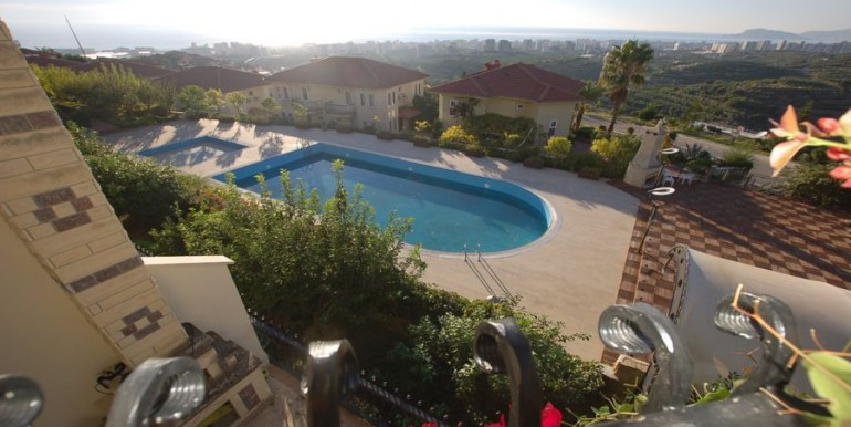 Villa_in_Alanya_for_sale_resale_villa_alanya_villa_detached_villa_gold_city_villa_seaview_villa_alanyaDSC_0052_900x500.JPG_1