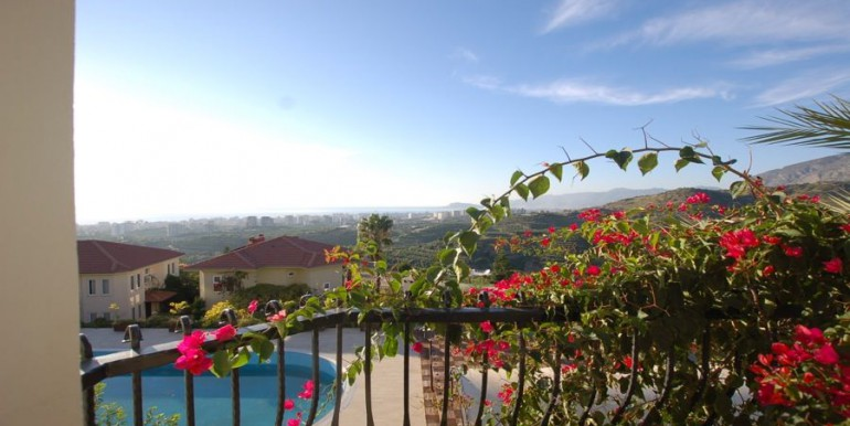 Villa_in_Alanya_for_sale_resale_villa_alanya_villa_detached_villa_gold_city_villa_seaview_villa_alanyaDSC_0056_900x500.JPG_1